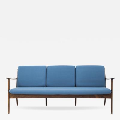 Hans Wegner PJ 112 Sofa