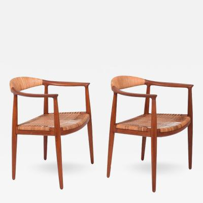 Hans Wegner Pair of Classic Chairs by Hans Wegner for Johannes Hansen