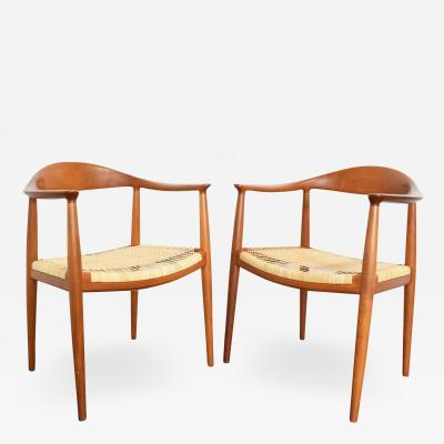 Hans Wegner Pair of Hans Wegner Round Chairs
