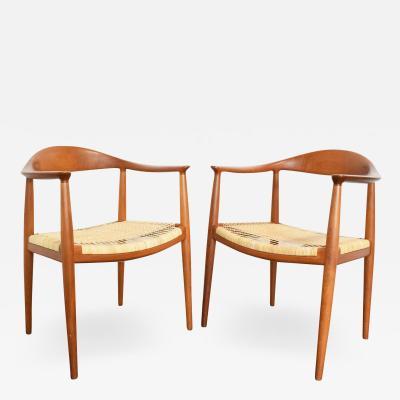 Hans Wegner Pair of Hans Wegner Round Chairs