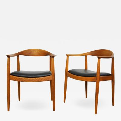 Hans Wegner Pair of Hans Wegner Teak Round Chairs