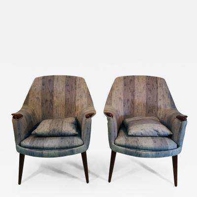 Hans Wegner Pair of Modern Chairs in the Manner of Hans Wegner