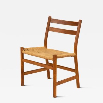 Hans Wegner Pair of side chairs by Hans Wegner