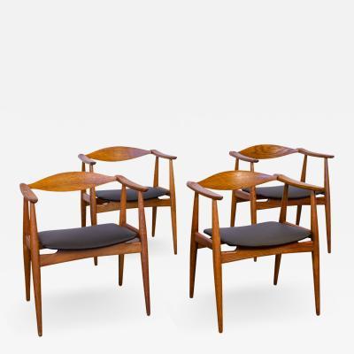 Hans Wegner Set of Four Wegner CH 35 Armchairs
