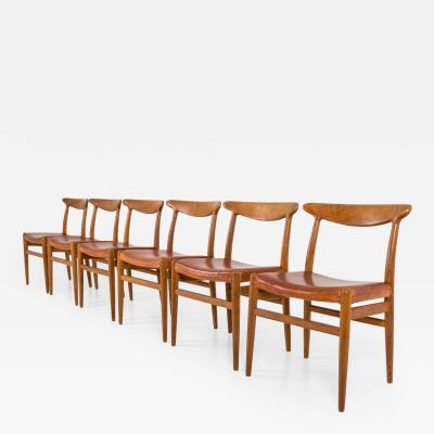 Hans Wegner Set of Six Danish Dining Chairs W2 by Hans J Wegner