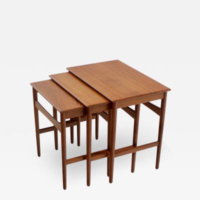 Hans Wegner Set of Three Scandinavian Modern Nesting Tables by Hans Wegner