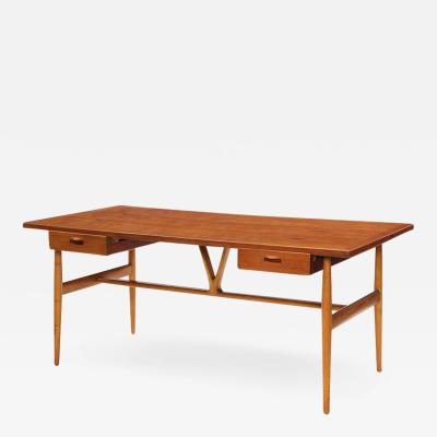 Hans Wegner Wishbone Writing Desk
