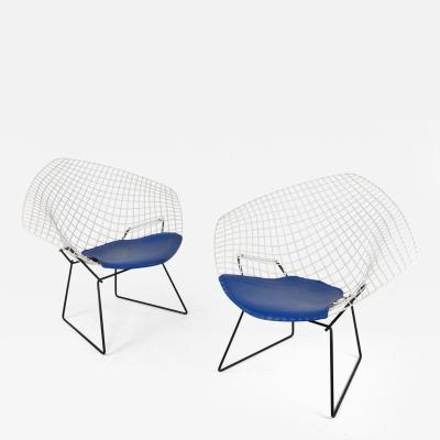 Harry Bertoia Pair of Early Harry Bertoia Two Tone Diamond Chairs for Knoll