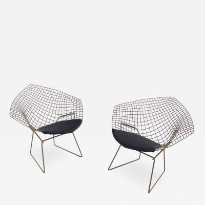 Harry Bertoia Set of Two Mid Century Modern Diamond Chairs Designed by Harry Bertoia for Knoll
