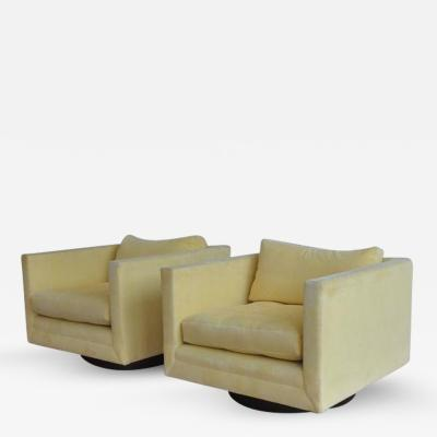 Harvey Probber Pair of Harvey Probber Swivel Cube Chairs