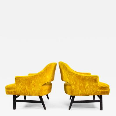 Harvey Probber Pair of Upholstered Lounge Chairs by Harvey Probber US 1960s