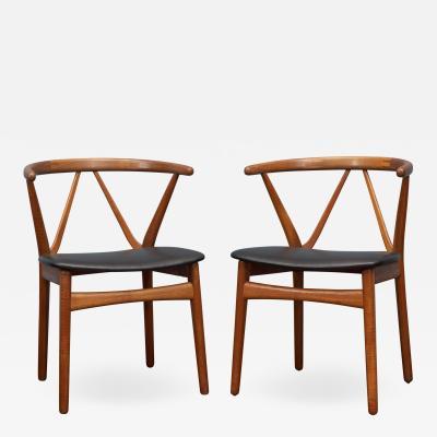 Henning Kjaernulf Scandinavian Modern Chairs by Henning Kjaernulf for Bruno Hansen