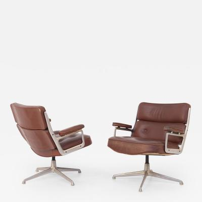 Herman Miller Herman Miller Chairs Model Soft Pad in Brown Leather and Steel