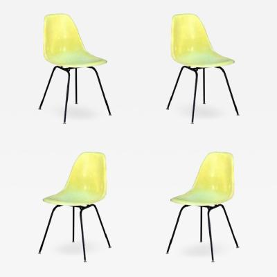 Herman Miller Set of 4 Vintage Eames Chairs by Herman Miller