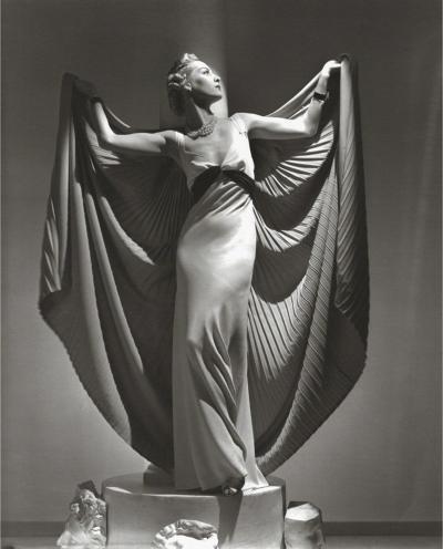 Horst p Horst Helen Bennett Cape 1936