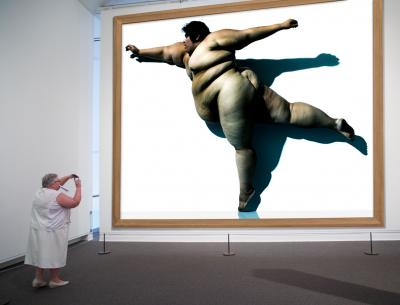 Howard Schatz Installation Study 154 Metropolitan Museum of Art Jane Martinez