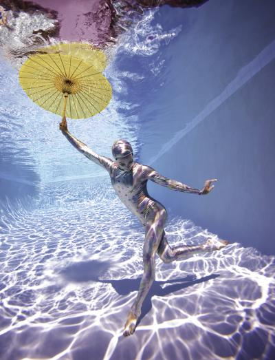 Howard Schatz Underwater Study 2778