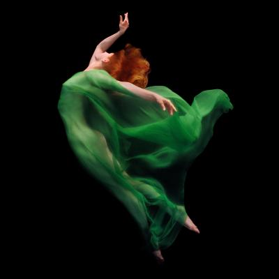 Howard Schatz Underwater Study 3200