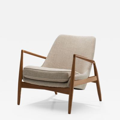 Ib Kofod Larsen Ib Kofod Larsen Seal Lounge Chair in Light Linen Blend Fabric Sweden 1950s
