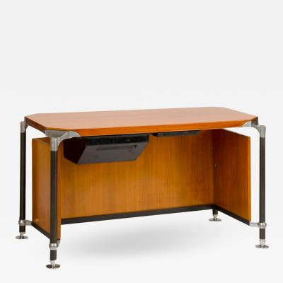 Ico Parisi A veneered walnut Italian Ico writing desk circa 1960