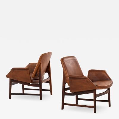 Illum Wikkels Easy Chairs Model 451 Produced by Aarhus Polstrerm belfabrik