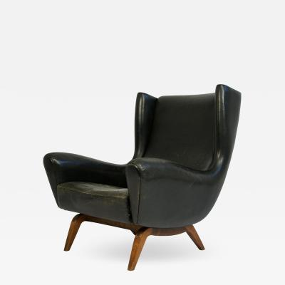 Illum Wikkels Illum Wikkels Leather and Rosewood Lounge Chair