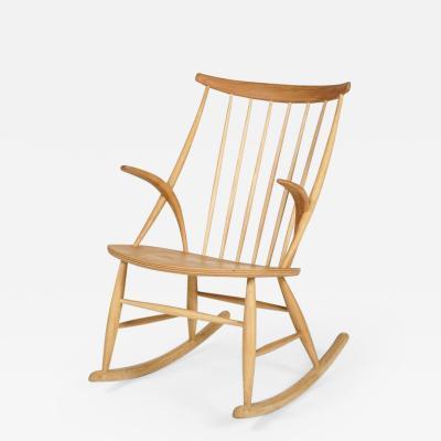 Illum Wikkels Illum Wikkels rocking chair Eilersen Denmark 50s