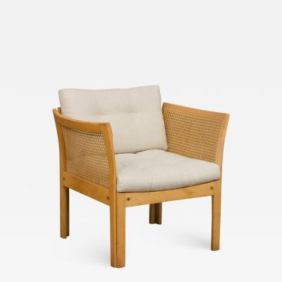Illum Wikkels Plexus armchair designed by Illum Wikkelso