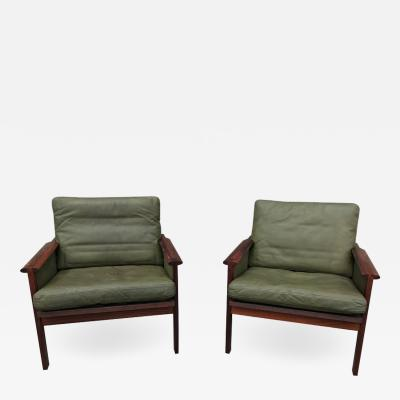 Illum Wikkels S 48 great pair of leather armchairs by Illum Wikkelso