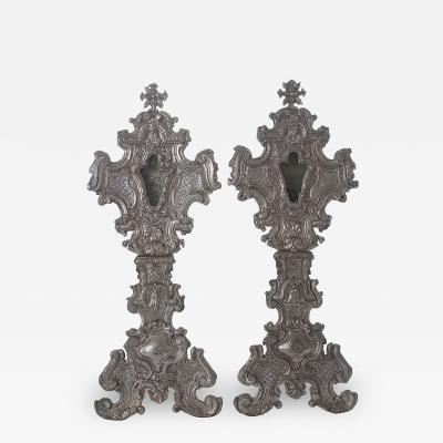 Italian 18th Century Pair of Relic Stands of Carved Wood Silver Plate