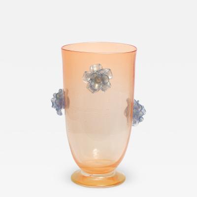 Italian 1950s tall peach coloured Venetian vase with decorative blue flowers