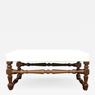 Italian Baroque 17th century walnut Bench