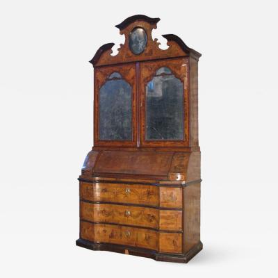 Italian Early 18th Century Baroque Secretary Bookcase