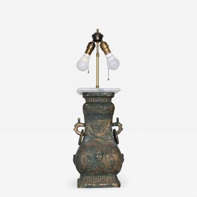 James Mont Elegant Asian Bronze Table Lamp Mid Century Modern style of James Mont