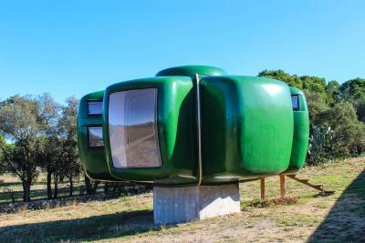 Jean Benjamin Maneval Jean Benjamin Maneval Bubble House circa 1968 France