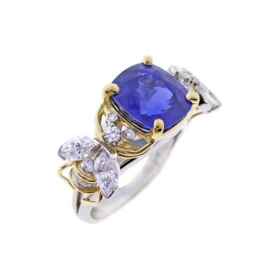 Jean Michel Schlumberger Tiffany Co Schlumberger Burma Unheated Sapphire Diamond Gold Two Bees Ring