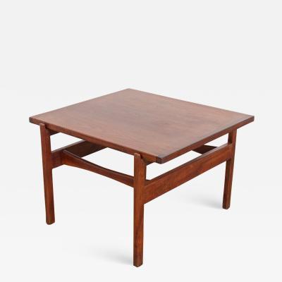 Jens Risom Jens Risom Walnut End Table
