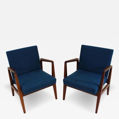 Jens Risom Pair of Jens Risom Modern Lounge Chairs