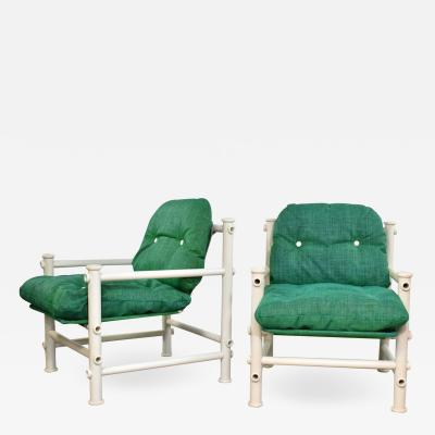 Jerry Johnson Pair of landes pvc outdoor idyllwild lounge chairs w green mesh upholstery