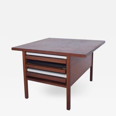 John Keal JOHN KEAL Brown Saltman Compact Coffee NESTING TABLE Set TV Trays Walnut 1960s