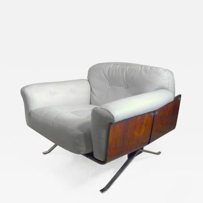 Jorge Zalszupin Lounge Chair in Jacaranda Signed by Jorge Zalszupin Brazil 1960s