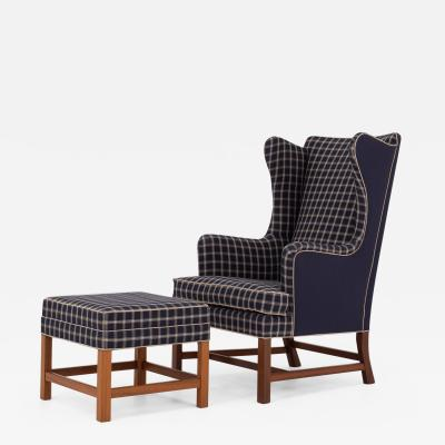 Kaare Klint 6212 Wing back chair