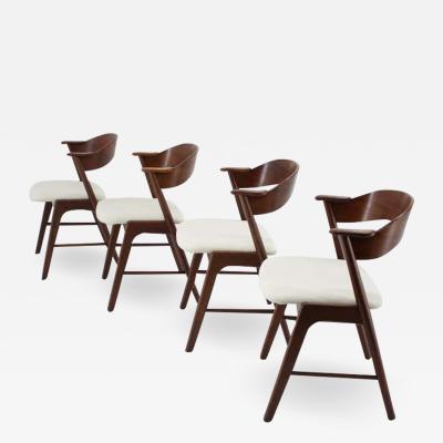 Kai Kristiansen Set Of 4 Palisander Dining Chairs by Kai Kristiansen Model 32 Denmark