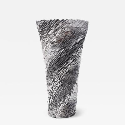 Katz Studio Matrix Vase 01 Dark Chrome