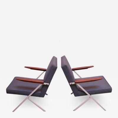 Knoll and Drake Pair of Model R 83 Armchairs by Ladislav Rado for Knoll Drake