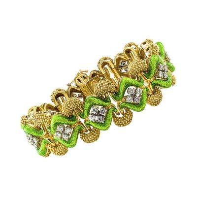 La Triomphe 1970s Pistachio Green Enamel Gold and Diamond Link Bracelet