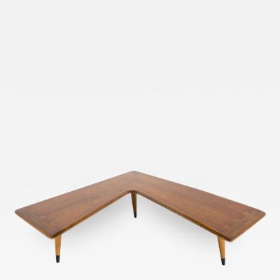 Lane Acclaim Mid Century Walnut Dovetail Boomerang Coffee Table