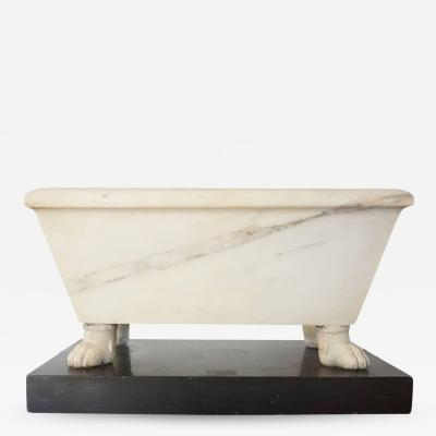 Large Italian Grand Tour Carved Marble Model of a Lavacrum or Bath circa 1820