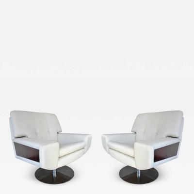 Large Pair of Vintage Italian Armchairs circa 1970