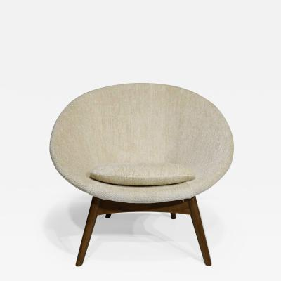 Large Round Mid Century Modern Chair in Donghia Wool